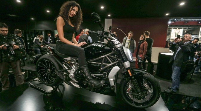 """DUCATI XDIAVEL elected as the """"BEST-LOOKING BIKE"""" @ EICMA"""