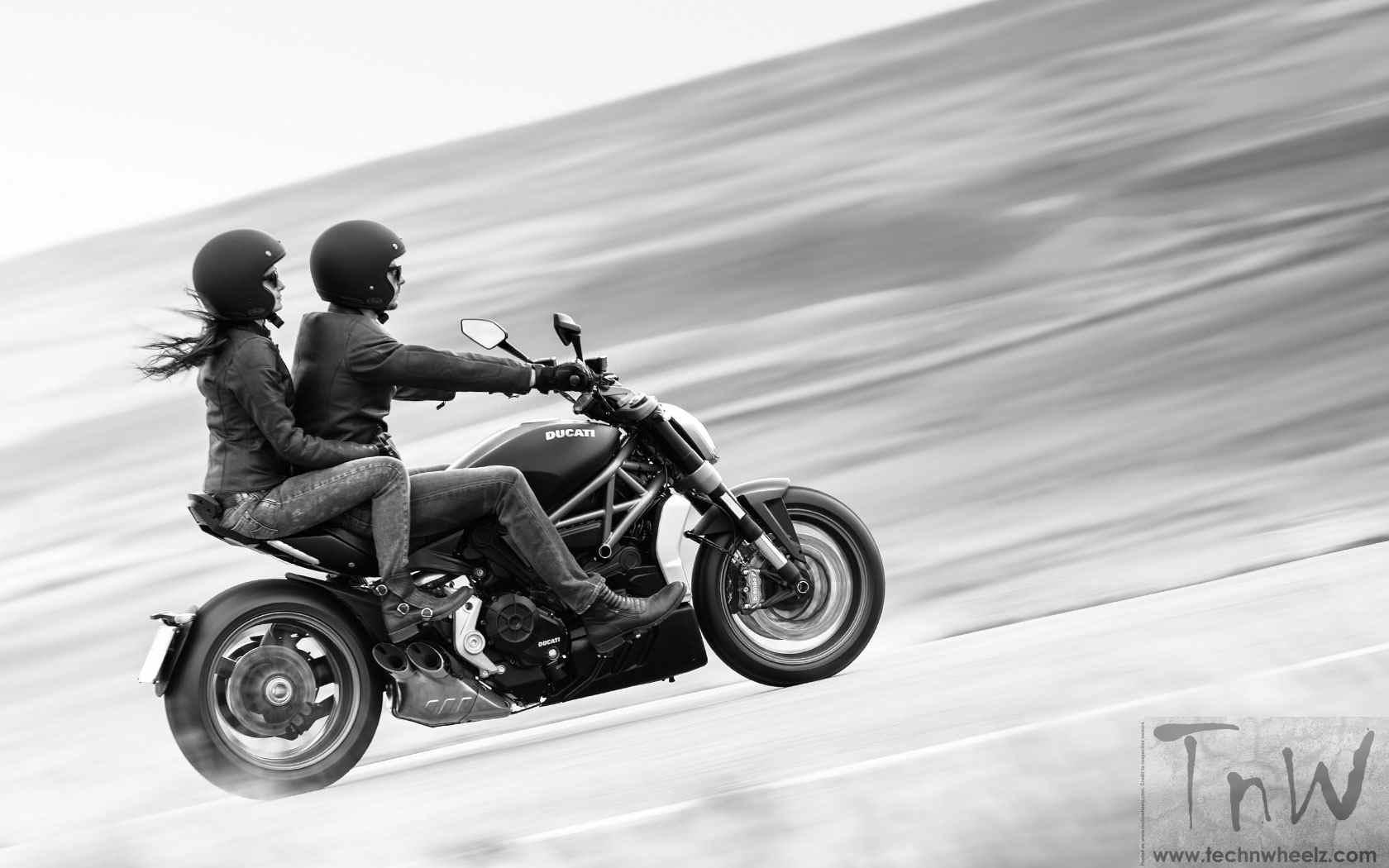 2016 Ducati XDiavel S (9)