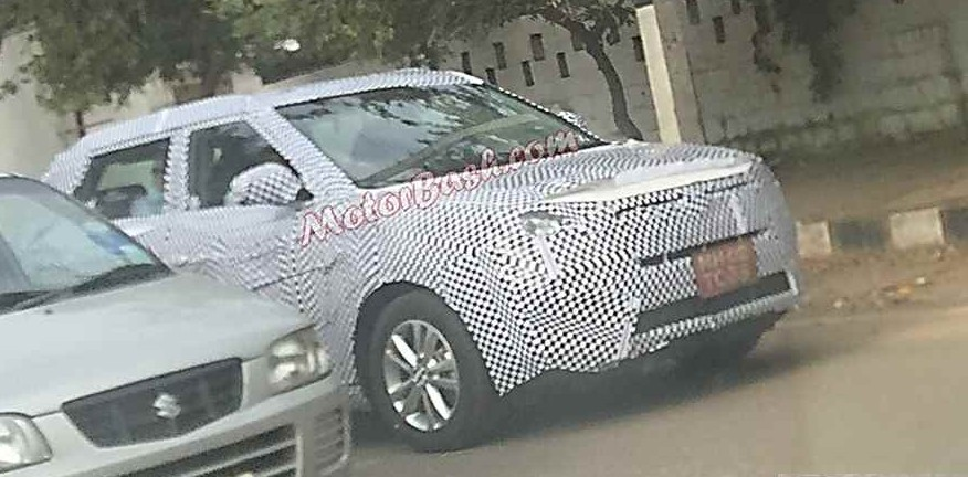 Ssangyong Tivoli test mule snapped in India. 2016 Auto Expo debut