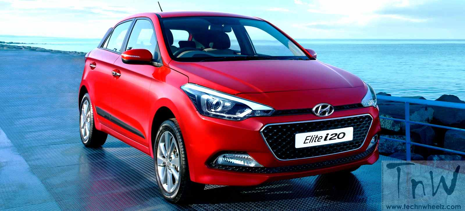 2016 hyundai elite i20 loaded with new features baleno effect tech 39 n wheelz. Black Bedroom Furniture Sets. Home Design Ideas
