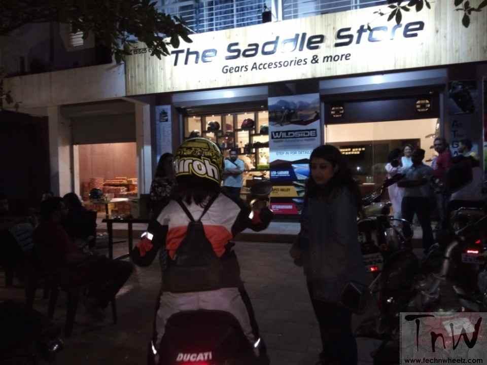 Saddle Store (1)