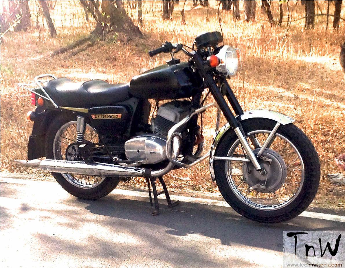 Classic Tales: 1986 Yezdi 350 Twin