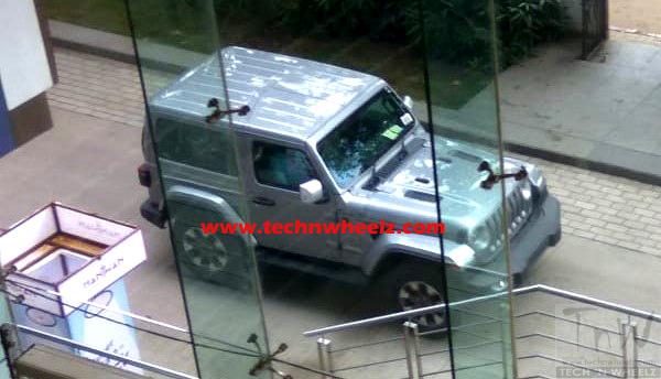 2018 Jeep Wrangler 3-door spied in India